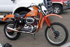 Sweet Vintage Enduro with A Harley Motor Sportster Scrambler, Harley Davidson Scrambler, Sportster Motorcycle, Harley Davidson Motorcycles, Custom Sportster, Custom Harleys, Motorcycle Art, Custom Bikes, Bobber
