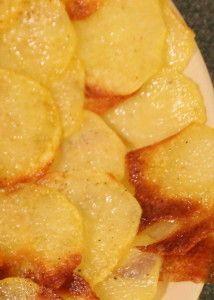 Tee se itse perunalastut ja valkosipulidippi #resepti
