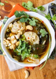 10 Minute Wonton Soup #recipe #soup