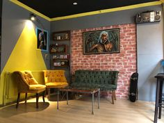 Mesut Ayvaz Tattoo & Art Eskişehir Dövme Corner Desk, Conference Room, Table, Furniture, Home Decor, Projects To Try, Homemade Home Decor, Corner Table, Meeting Rooms