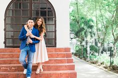 See the pre-wedding prenup photos of Alden Richards and Maine Mendoza of Aldub. Pre Wedding Poses, Wedding Shoot, Wedding Blog, Engagement Pictures, Engagement Shoots, Prenup Ideas Philippines, Prenup Photos Ideas, Prenuptial Photoshoot, Maine Mendoza
