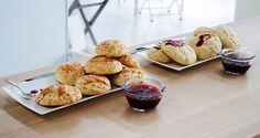 Il pane e marmellata di Roberto: Panini dolci e panini salati con marmellata di prugne e marmellata di lamponi. Leggi la ricetta.