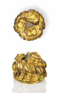 A SARMATIAN GOLD FINIAL - CIRCA 1ST CENTURY B.C.-1ST CENTURY A.D.