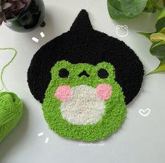 Cute Crafts, Diy And Crafts, Arts And Crafts, Funky Rugs, Cool Rugs, Punch Needle Patterns, Ideias Diy, Cute Frogs, Clay Art