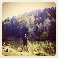 Otoño Mountains, Couple Photos, Couples, Nature, Instagram, Travel, Couple Shots, Naturaleza, Viajes