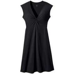 The most flattering dress ever! It's moisture-wickig and wrinke free for travelling. Perfect for hiking and the bar at night. Special previous-season deal on: Bandha Dress (Women's) #Patagonia at RockCreek.com