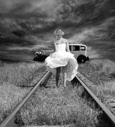 Vintage Black And White Photography | black and white, girl, railway, vintage - inspiring picture on Favim ...