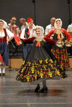 Παραδοσιακοι Χοροί @ Λύκειο Ελληνίδων Θεσσαλονίκης / Traditional Dances @ Lyceum Club of Greek Women of Thessaloniki [https://www.facebook.com/Lykeio.Ellinidon.Thessalonikis]