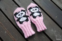 Knitted Hats Kids, Baby Knitting Patterns, Knitting Ideas, Mittens Pattern, Nordic Style, Mitten Gloves, Knitting Socks, Diy And Crafts, Infant