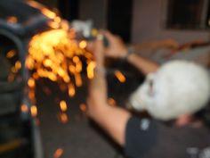 """Bici-Vocho  - La Birula - Creatividad e inquietud, llevando ideas a su realización. En sus ratos libres, yendo de un lado a otro y juntando piezas, Juan Carlos Campos Agassini, entre sus pasatiempos con el #Steampunk continúa las transformaciones y ahora de un frente de Volks Wagen y parte de una bicicleta construye """"La Birula"""", la Bici-Vocho."""