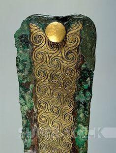 , Dagger, from Tomb III of the Circle A of Mycenae (Greece). Detail. Goldsmith art, Mycenaean Civilization, 16th Century BC.