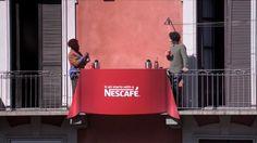 Nescafé Une A Estos Vecinos A Través De Un Café Entre Balcón Y Balcón | Tiempo De Publicidad | Blog De Publicidad Y Creatividad Street Marketing, Nescafe, Cheer, Campaign, Blog, Balconies, Advertising, Creativity, Humor