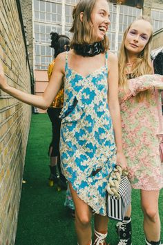 Go backstage at London's most important shows with Vogue.com photographer Driely S.