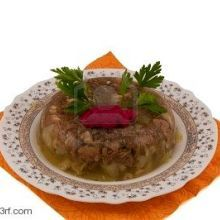 Ukrainian Studinetz (Jellied pork hocks or Pork Aspic) Recipe on Foodgeeks Pork Recipes, Gourmet Recipes, Cooking Recipes, Healthy Recipes, Delicious Recipes, Bread Recipes, Cooking Tips, Ukrainian Recipes, Amigurumi