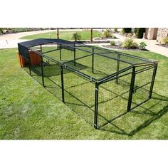 Building A DIY Chicken Coop If you've never had a flock of chickens and are considering it, then you might actually enjoy the process. It can be a lot of fun to raise chickens but good planning ahead of building your chicken coop w Portable Chicken Coop, Best Chicken Coop, Backyard Chicken Coops, Chicken Coop Plans, Building A Chicken Coop, Chickens Backyard, Chicken Tractors, Keeping Chickens, Raising Chickens