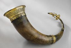 Photo History of Ancient Drinking Horns from Around the World Anglo Saxon Chronicle, Avatar World, Old Norse, Viking Art, Hula, Archaeology, Drinking, Bracelets, Leather