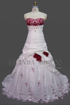 2013 New Arrival A-line / Princess Taffeta & Lace Court Train Red Wedding Dress With Charming Hand Made Flowers & Beaded