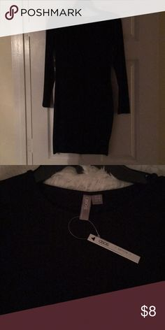 ASOS Black Dress.Never Worn. ⭐️ Plain black dress from ASOS. Never worn... too small for me (US Size 6, petite) ASOS Dresses Long Sleeve