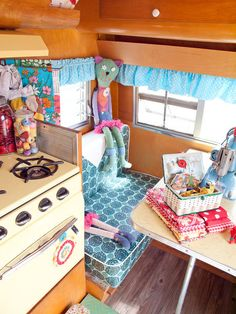Lori Holliday of 2 Red Hens was featured in the Aug/Sep/Oct '13 issue of Where Women Create magazine | Photography by Katy DeJong #studio #office #camper