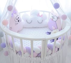 Let me start with the definition as usual : An infant bed (commonly referred to as a cot in British English, and in American English a crib) is a small bed specifically for infants and very young c… Baby Bedroom, Baby Room Decor, Nursery Room, Rustic Crib, Rustic Baby, Baby Cot Bumper, Baby Cribs, Wooden Cribs, Baby Zimmer