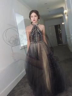 Gray Tulle Prom Dress Beading Vintage Sleeveless Prom Grown : Silhouette:A Line Neckline:Scoop Hemline/Train:Sweep/Brush Train Sleeve Length:Sleeveless Back Details:Backless Fabric:Tulle Built-In Bra:Yes Simple Prom Dress, Prom Dresses Long With Sleeves, Unique Prom Dresses, A Line Prom Dresses, Tulle Prom Dress, Beautiful Prom Dresses, Formal Evening Dresses, Formal Gowns, Custom Made Prom Dress