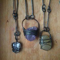 Crystals on unique copper chain . . . . •bonedusttower.bigcartel.com • etsy.com/shop/BoneDustTower •dawanda.com/shop/bonedusttower . . . . . #witches #nugoth #grunge #vikings #post apocalyptic #doommetal #blackmetal #crustpunk #witchycommunity #witchywoman #dawanda #etsy #dystopia #madmax #bonejewelry #taxidermy #oddities #metalbabes #punk rock girl #gypsy #bohemian #earweights #plugs #tunnels #gauges #crustpunx