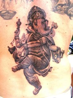 Really loving this guys style! I'd have to go to Italy to get inked by him though!