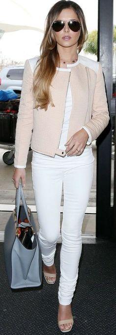 Cheryl Cole in white skinnies and blush biker jacket Fashion Mode, Look Fashion, Womens Fashion, Fashion Trends, Fashion 2018, Cheap Fashion, Latest Fashion, Fashion Dresses, Luxury Fashion