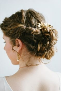 Bridal hair, wedding hair looks. Beautiful Botanical Wedding Inspiration by Jeff Loves Jessica on Wedding Chicks — Loverly Weddings