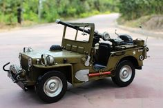 Handmade Antique U.S. WWII Willys Military Metal Jeep Model Jeep Models, Model Airplanes, Handmade Home Decor, Wwii, Antique Cars, Military, Antiques, Metal, Vintage Cars