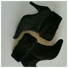 SALE! Skechers Dressy Heel Boots Black Skechers heeled boots with faux fur cuffs. They are made from leather & man made materials. They are 8.5 but in my opinion they fit more like an 8. Like new, worn once Skechers Shoes Ankle Boots & Booties
