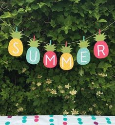 """Summer Banner Printable - My Sister's Suitcase - Packed with Creativity 15 Summer Party Decoration Ideas We Love on Love the DayOctopus Cupcake Ideen """"Unter dem Best Summer Party Ideas You Need To Know About for Summer Crafts, Diy And Crafts, Crafts For Kids, Paper Crafts, Diy Paper, Kids Diy, Fall Crafts, Christmas Crafts, Summer Parties"""