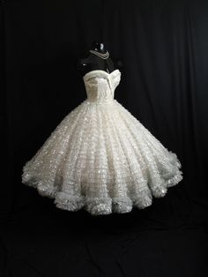 Vintage 1950's 50s STRAPLESS Bombshell White Silver Metallic Tulle Taffeta Lace Party Prom WEDDING Dress Gown, $699.99