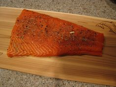 How to cook salmon on a cedar plank! Idiot's Kitchen