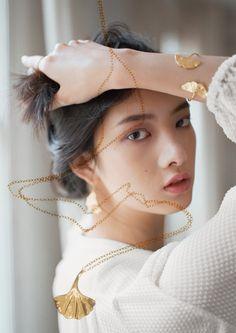Lara Melchior pour & Other Stories : la collection capsule de bijoux délicats | Glamour