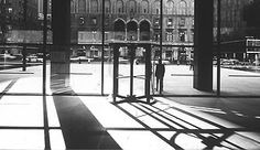 view of the plaza from the lobby  of the seagram building,  new york (1954-1958), 1958 ludwig mies van der rohe © ezra stoller, 1958 courtesy canadian center for  architecture, montreal