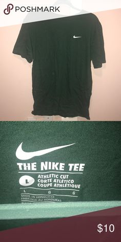 c6220456cc3 MENS T SHIRT SIZE L EXCELLENT CONDITION Nike Shirts Tees - Short Sleeve Tee  Shirts