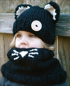 Cute pattern for my kitty loving girl by The Velvet Acorn