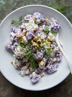 Raw Cauliflower Salad with Horseradish, Dill & Yoghurt Dressing - perfect for a healthy month!
