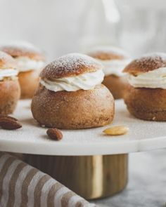 gyors Archives - sugarfree dots Doughnut, Sugar Free, Hamburger, Muffin, Bread, Breakfast, Food, Morning Coffee, Brot