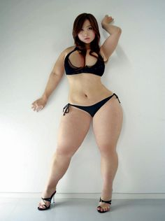 Symmetrically Thick and Curvy Chinese woman.