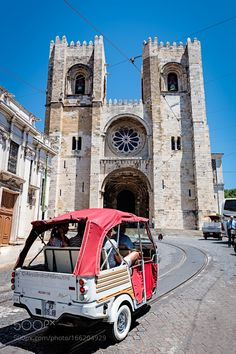 Tuc Tuc Lisbon by AlessandroMilano