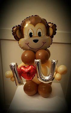 Val Balloon Centerpieces, Balloon Decorations, Birthday Decorations, Balloon Ideas, Valentine Heart, Valentines Day, Deco Ballon, Balloons Galore, Valentines Balloons