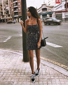 ⭐️ Star Girl ⭐️ @meryturiel #WindsorGirl Link to dress in bio. Dress: 051022982