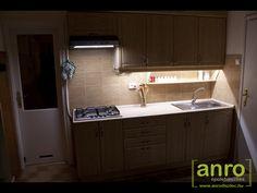 Készre szerelt lámpatestekkel is bevilágíthatjuk a konyhapultot! LED bútorvilágítók 30-60-120 cm hosszban is kaphatóak, 230 Voltos üzeműek, így a régi neonos lámpatest helyére is felszerelhető! Kitchen Cabinets, Led, Home Decor, Decoration Home, Room Decor, Kitchen Base Cabinets, Dressers, Kitchen Cupboards, Interior Decorating