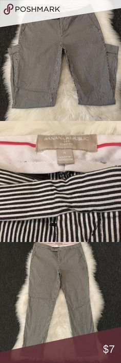 "Banana Republic 4 Black White Stripe Pants Excellent Condition Super Cute-100% Cotton-2-front pockets-zip up fly-Button & Clip on closure-measurement laying flat Waist 15"" Inseam 26"" Cuff Hem-8""Front Banana Republic Pants"