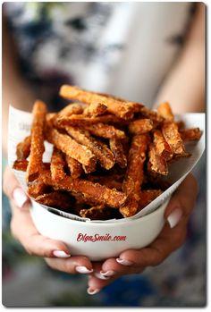 FRYTKI Z BATATÓW Chicken Wings, Good Food, Food And Drink, Veggies, Snacks, Meals, Recipes, Gastronomia, Vegetable Recipes