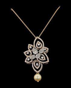 Diamond Drop Earrings, Diamond Pendant, Gold Pendant, Diamond Jewelry, Fancy Jewellery, Gold Jewellery Design, Necklace Guide, Gold Earrings Designs, Metal Jewelry