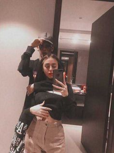 Swag Couples, Cute Gay Couples, Badass Aesthetic, Bad Girl Aesthetic, Freestyle Rap, Cute Girl Poses, Cute Couple Pictures, Lil Peep Hellboy, Rick And Morty Poster