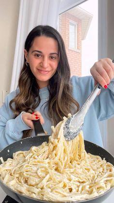 Pasta Recipes Video, Yummy Pasta Recipes, Fun Baking Recipes, Fun Easy Recipes, Cooking Recipes, Yummy Food, Vegetarian Recipes, Dinner Recipes, Healthy Recipes
